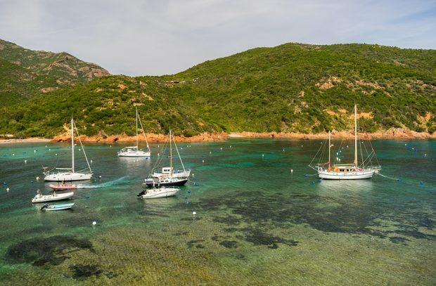 S'étourdir grâce aux beautés corses et françaises en Corse et Sardaigne